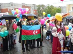 Наш флаг развевается там, где есть мы! Фотограф Бахтияр Рафиев
