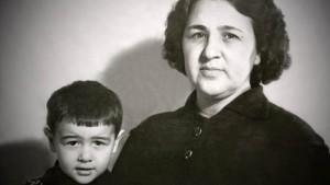 Арас Агаларов с матерью