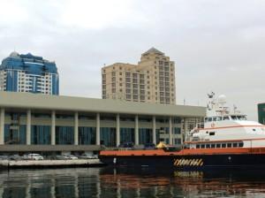 Бакинскому порту