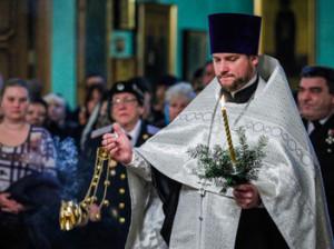 Ильхам Алиев поздравил православных Азербайджана с Рождеством