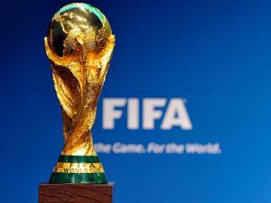 Итальянские футболисты привезут Кубок мира в Баку