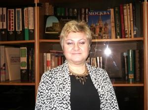 директор 157 школы  Эльмира Исмайлова