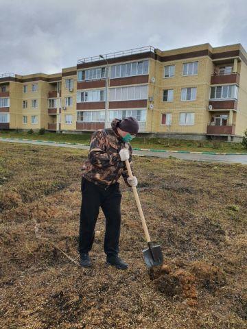 Ольгу Тимофееву попросили расширить формат акции «Роща ста слов» и провести ее в мае - фото 17