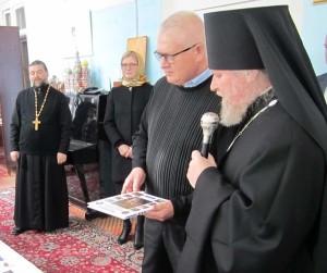Россия передала воскресной школе в Азербайджане комплект детской учебной  3